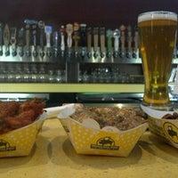 6/12/2012 tarihinde J.P. S.ziyaretçi tarafından Buffalo Wild Wings'de çekilen fotoğraf