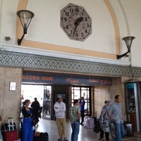 Photo taken at Gare Casa Voyageurs by Mohamed Racem Z. on 7/8/2012