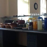 Photo taken at Hotel Santa Rita by Van G. on 9/1/2012