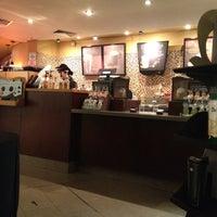 7/1/2012 tarihinde Silvio L.ziyaretçi tarafından Starbucks'de çekilen fotoğraf