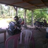 Photo taken at Warung Emak by jhon on 8/5/2012