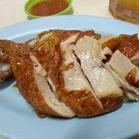 Photo taken at Kedai Minuman Ah Sing (Medan Selera) by Bm C. on 8/1/2012