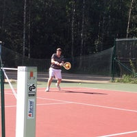 Photo taken at Kaupin Tenniskentät by Ville N. on 7/27/2012