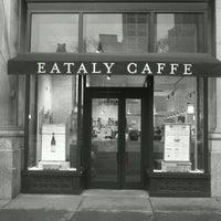 Снимок сделан в Eataly Gran Bar пользователем Franklin D. 5/4/2012