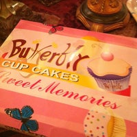 Photo taken at Butterfly CupCakes by Manal N. on 4/19/2012