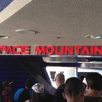 6/8/2012 tarihinde Darin M.ziyaretçi tarafından Space Mountain'de çekilen fotoğraf