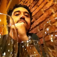 Photo taken at Vittorio Restaurant by Pata P. on 5/27/2012