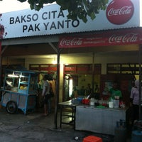 Photo taken at bakso pak yanto by Andre A. on 5/20/2012