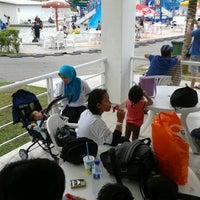 Photo taken at Melaka Wonderland by Nazri R. on 4/7/2012
