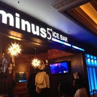 Photo taken at Minus5° Ice Lounge by Gabriel P. on 8/15/2012