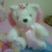 Foto tomada en Luna's beDRoom por Vita L. el 3/17/2012