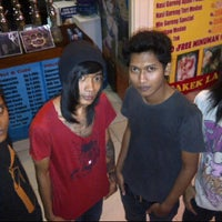 Photo taken at Screaming.inc Cafe Shisha N Espresso by Palermo S. on 5/13/2012