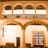 Foto scattata a Las Casas De La Juderia Hotel Cordoba da Paco M. il 2/8/2012