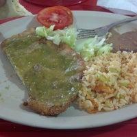 Photo taken at Tacos El Güero Comida Corrida y Cenaduria by JORGE N. on 9/11/2012