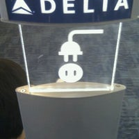 Photo taken at Delta Air Lines Ticket Counter by Merlijn H. on 6/8/2012