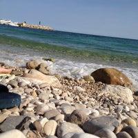 Photo taken at Playa de Mascarat Sur / La Barreta by Rocío F. on 5/13/2012