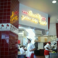 Photo taken at In-N-Out Burger by Eric R. on 6/11/2012