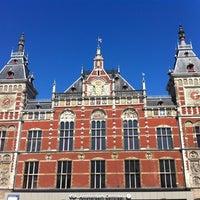 4/22/2012 tarihinde Sirleny G.ziyaretçi tarafından Station Amsterdam Centraal'de çekilen fotoğraf