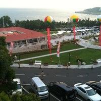 Photo taken at 海景花园大酒店 by Eliseo W. on 8/19/2012