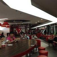 Photo taken at 72街香汁啫啫飯 by James H. on 5/11/2012