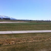 Photo taken at Stonebridge Golf Club by Uilisoni A. on 4/4/2012