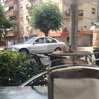 Photo taken at Café Del Plata by 🃏 JᎾᏒᎶЄᎠIHЄ on 7/22/2012