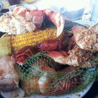 Photo taken at Joe's Crab Shack by Arnold T. on 5/29/2012