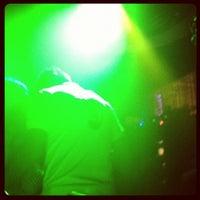 Снимок сделан в MOVIDA - Kitchen.Bar.Club Lounge пользователем ViVian C. 5/7/2012