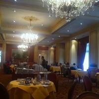 Photo prise au Hotel Le Plaza Brussels par Vasiliy M. le6/7/2012