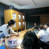 Photo taken at คณะเทคโนโลยีสื่อสารมวลชน RMUTT by MaWin B. on 8/22/2012