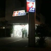 Photo taken at Drogaria Raia by Fernanda H. on 8/26/2012