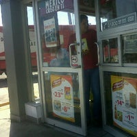 Photo taken at Oxxo Icazo by Pepe D. on 4/26/2012