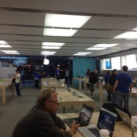Photo taken at Apple Anchorage 5th Avenue Mall by Eka P. on 8/17/2012