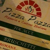 Foto tirada no(a) Pizza Pazza por Rosely R. em 7/8/2012