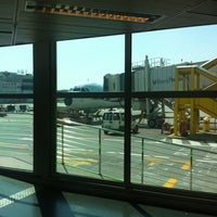 Photo taken at Gate A19 by Gio on 8/5/2012