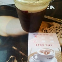 Photo taken at Costa Coffee (咖世家) by Sean Y. on 5/26/2012