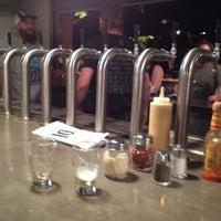 8/16/2012에 Kerry F.님이 10 Barrel Brewing Company에서 찍은 사진
