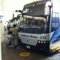 Photo taken at Central De Autobuses by Noe S. on 3/27/2012