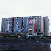 รูปภาพถ่ายที่ ЦУМ โดย Миша М. เมื่อ 8/18/2012