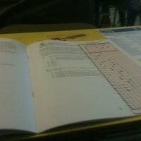 รูปภาพถ่ายที่ Colegio Antupirén โดย Diego S. เมื่อ 6/4/2012