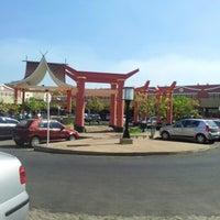 Foto tirada no(a) Shopping Riverside por Noell R. em 9/2/2012