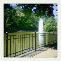 5/25/2012 tarihinde Nelly K.ziyaretçi tarafından Volkspark Friedrichshain'de çekilen fotoğraf