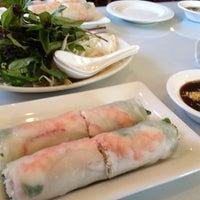 Photo taken at Hoa Bien Vietnamese Restaurant by Seung Min 'Mel' Y. on 8/10/2012