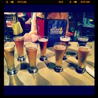 Photo taken at Mellow Mushroom by Jessica S. on 9/1/2012