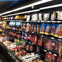 Photo taken at Auto Mercado by Erick Alejandro C. on 7/1/2012