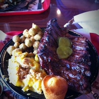 Photo taken at Full Moon BBQ by Kim Owens K. on 4/20/2012