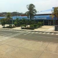 Photo taken at Aeropuerto Internacional Ixtapa-Zihuatanejo (ZIH) by Guero S. on 5/14/2012