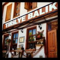 6/18/2012 tarihinde Yasir Y.ziyaretçi tarafından Tirilye Balık Restorant'de çekilen fotoğraf
