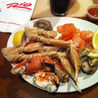 Photo prise au Village Seafood Buffet par Andrew le8/8/2012