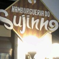 Foto tirada no(a) Hamburgueria do Sujinho por Laryssa V. em 2/5/2012